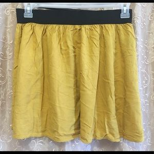 Mustard yellow forever 21 skirt Medium Vietnam